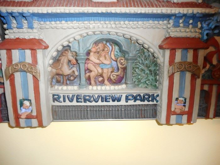 Entrance to Rivervew 1904-1967
