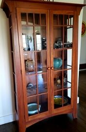 Ethan Allen cherry display cabinet / bookcase