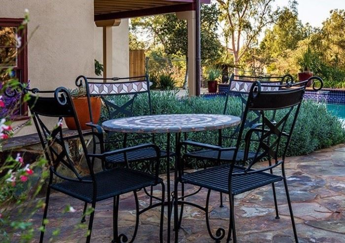 patio set for 4