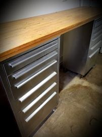 dual tool chest work bench