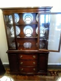 Close-up view of Duncan Phyfe China Cabinet. Chinaware not-for-sale!