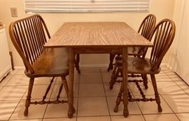 Oak Dinette w/ Bench and 2 Chairs