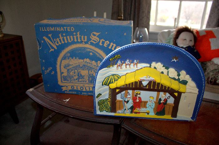 Vintage Glolite lighted nativity scene with original box