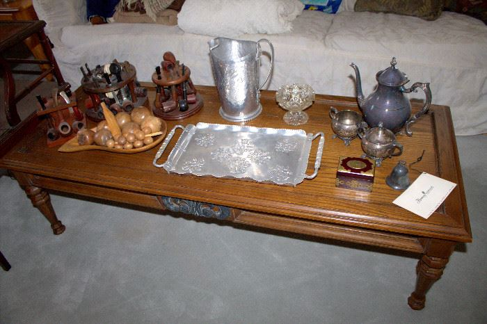 Coffee table, silverplate tea set, vintage aluminum ware