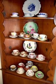 Teacup / saucer collection