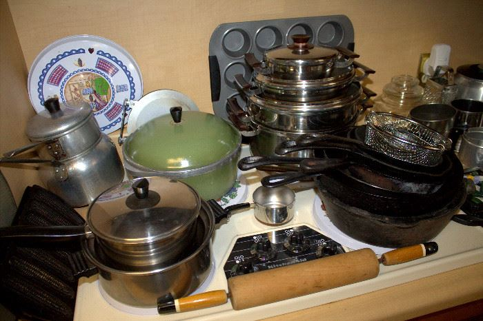Cookware / cast iron (some of these items may have sold)