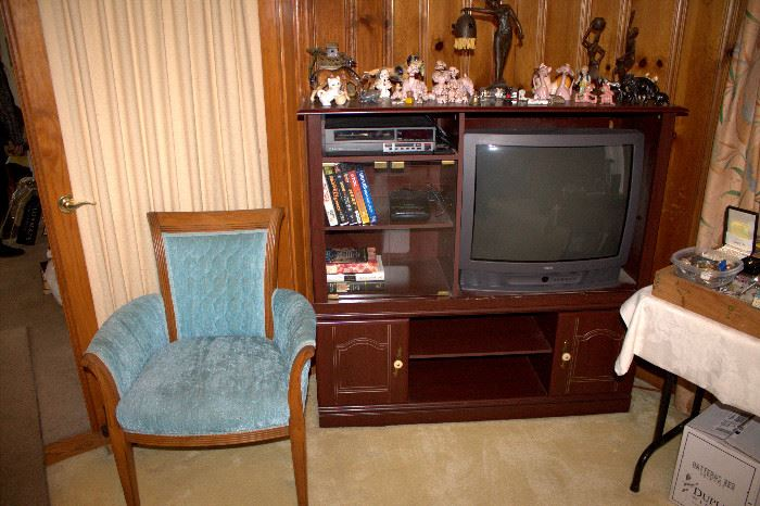 Entertainment center still available - other items sold