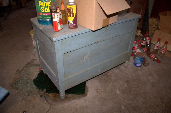 Wood storage chest