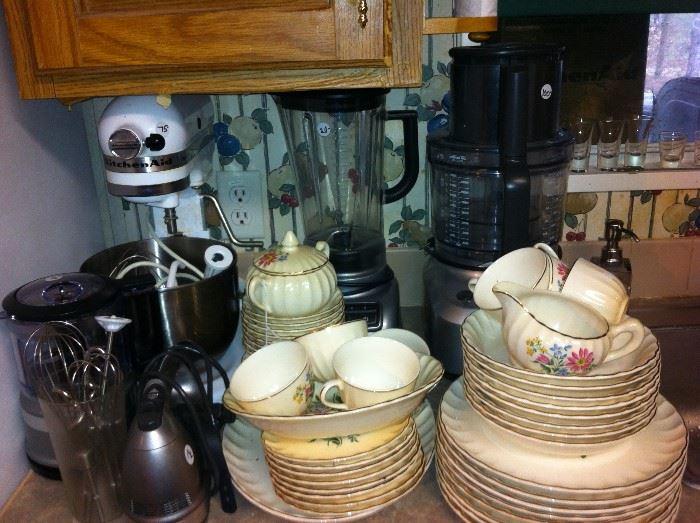 Kitchen-aid mixer, china, blender, food processor
