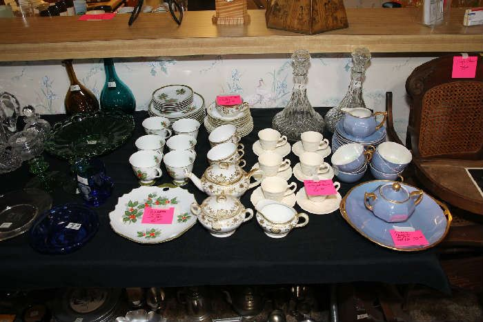 Decanders, Bridge Set, Cups/Saucers