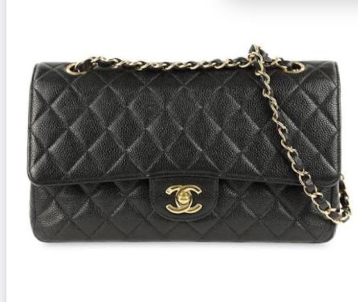 Chanel Caviar leather flap bag (6 months old/used twice/all bags, boxes and paperwork)