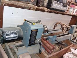 """12"""" variable speed wood Lathe"""
