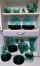 Jeannette 'Swirl' Ultramarine Depression Glass Collection