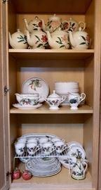 Noritake China Collection - Royal Orchard Pattern