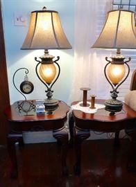 Nice End Table Set & Lamp Set