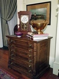 Nineteenth century New England 6-drawer spool cabinet