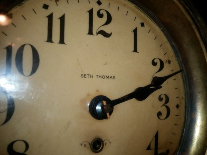 A closer look at the Seth Thomas clock