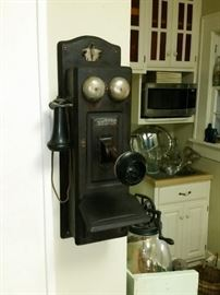 Antique Sumter Telephone wall phone (has working magneto)