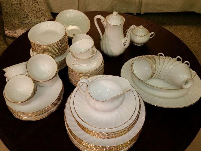 Set of Royal Tuscan 'Dover' fine bone china