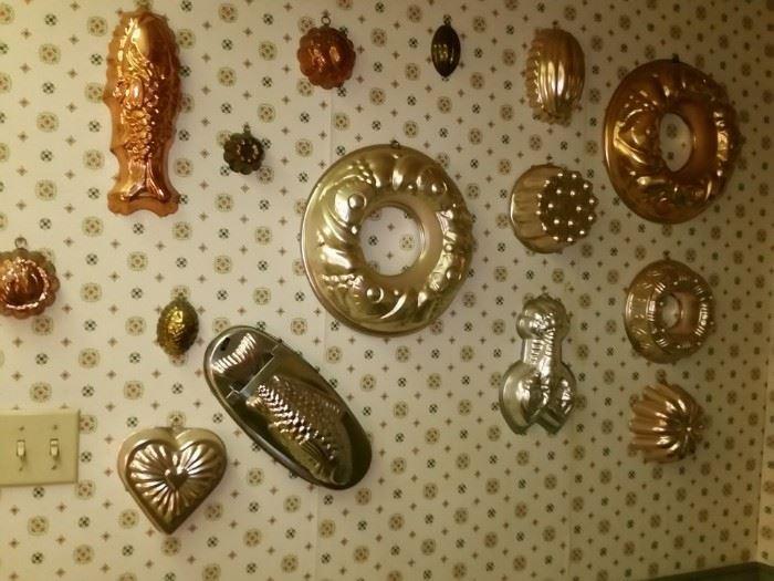 Assortment of baking molds