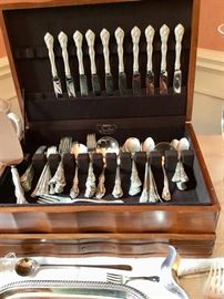 Sterling silver flatware patterns in Chateau Rose, Chantilly and La Scalla