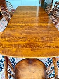 Windsor Chairmakers Dining Table, with 2 leaves.  42 X 108.
