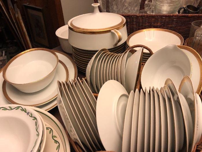 Noritake fine china set