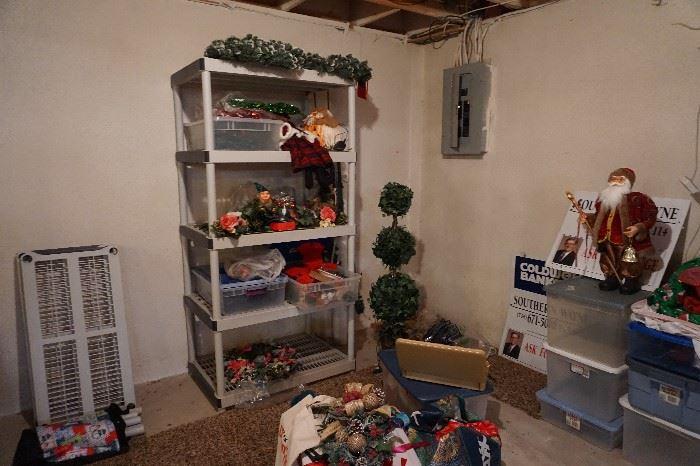 Shelving unit, Christmas