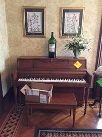 Wurtizler piano