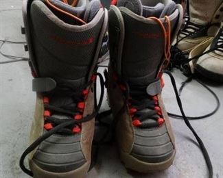 Freestyle mens size 8 snowboarding boots
