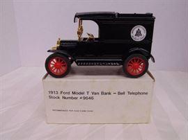 1913 Ford Model T Van Bank