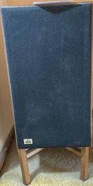 Vintage ADS L700 Speakers w/Stand https://ctbids.com/#!/description/share/103044