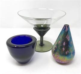 ART Glass https://ctbids.com/#!/description/share/103641