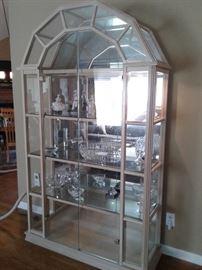 Large display curio / Vitrine