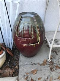 LARGE OUTDOOR POTTERY VASE $40