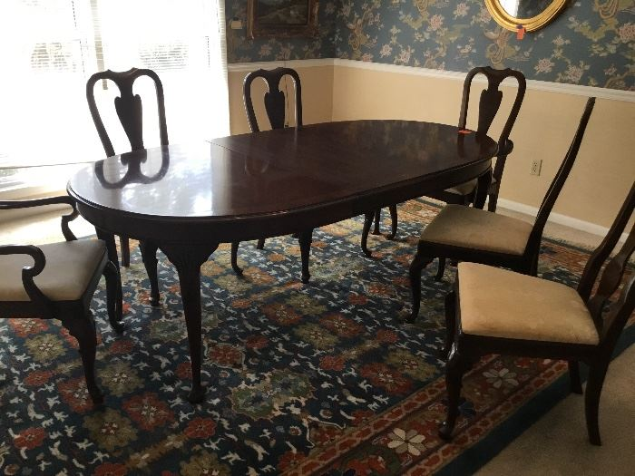 Drexel Heritage dining room set with 6 chairs