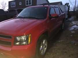 2008 LT avalanche 140k miles  Leather. Sunroof. Pretty clean lots of current updates But it now $13900