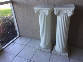 Plastic Outdoor Columns Set