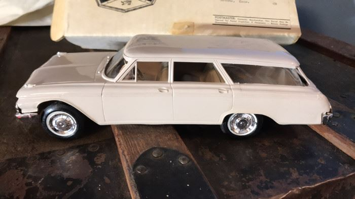1962 Ford Country Sedan Scale Model