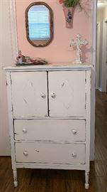 Cottage Chic Dresser, Mirror