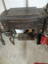 Antique WHITES Sewing Machine Iron Pedal Frame