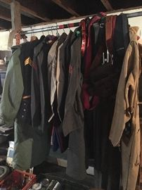 Military Uniforms & Jackets
