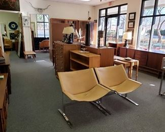 leather sling chairs (Meademore)