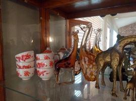 Giraffe figures