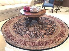 Chinese rug, 8' dia., Veramine pattern, fine quality.