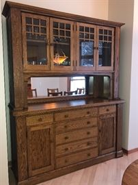 Mission Style gorgeous antique display cabinet in excellent condition!