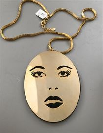 Funky 60s Fashion Necklace w/Noir Tag