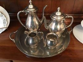 WILLIAMSBURG PEWTER TEA/COFFEE SET