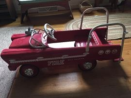 ANTIQUE PEDAL CAR - FULLY RESTORED