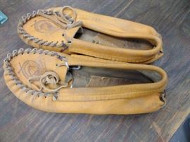 Vintage Davy Crockett Mocassins  Leather is stiff